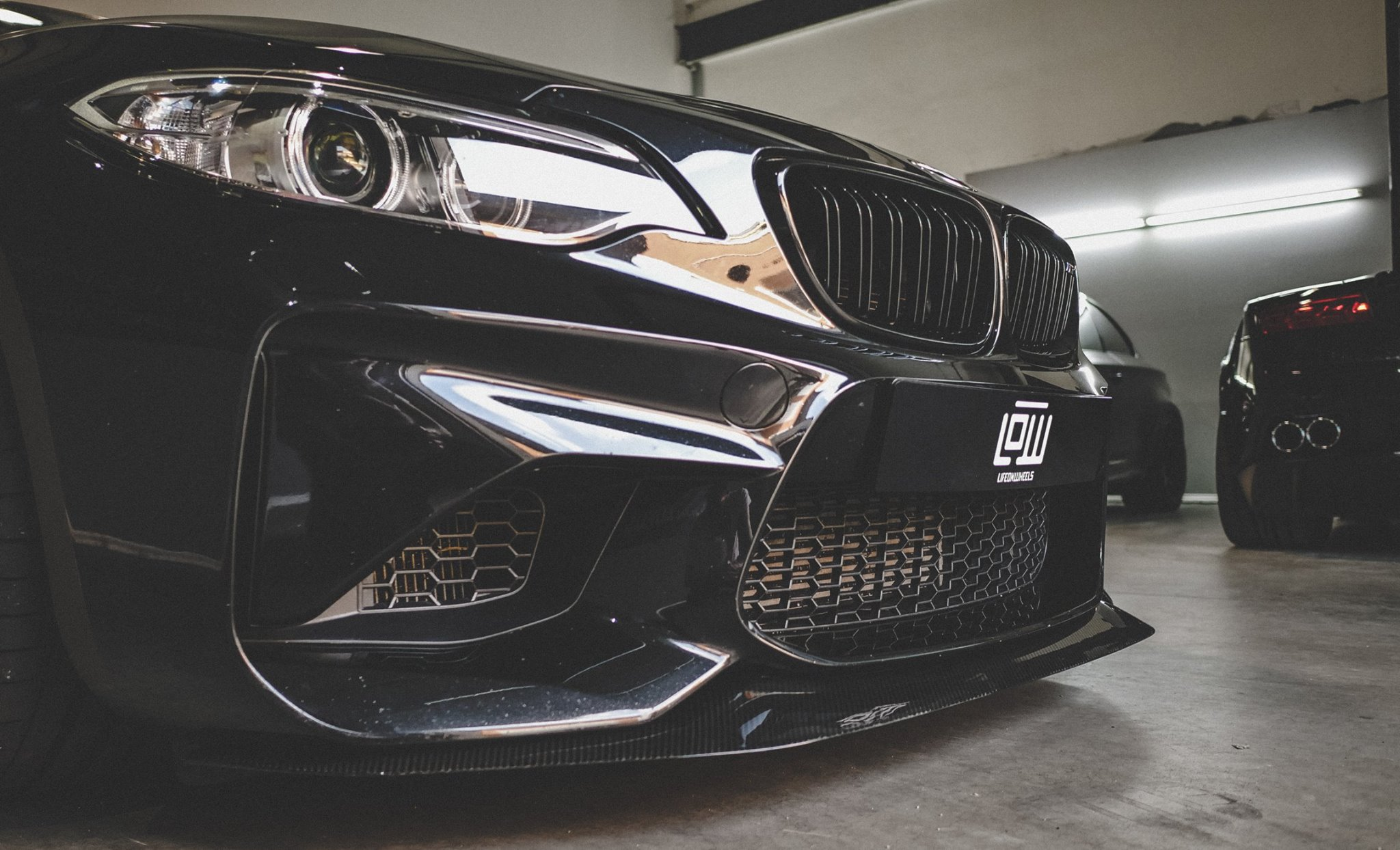 bmw-m2-mode-carbon-tuning