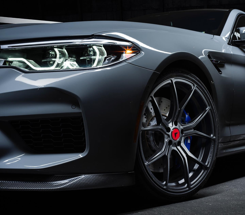bmw-m5-f90-carbon-bodykit-vorsteiner-frontspoiler