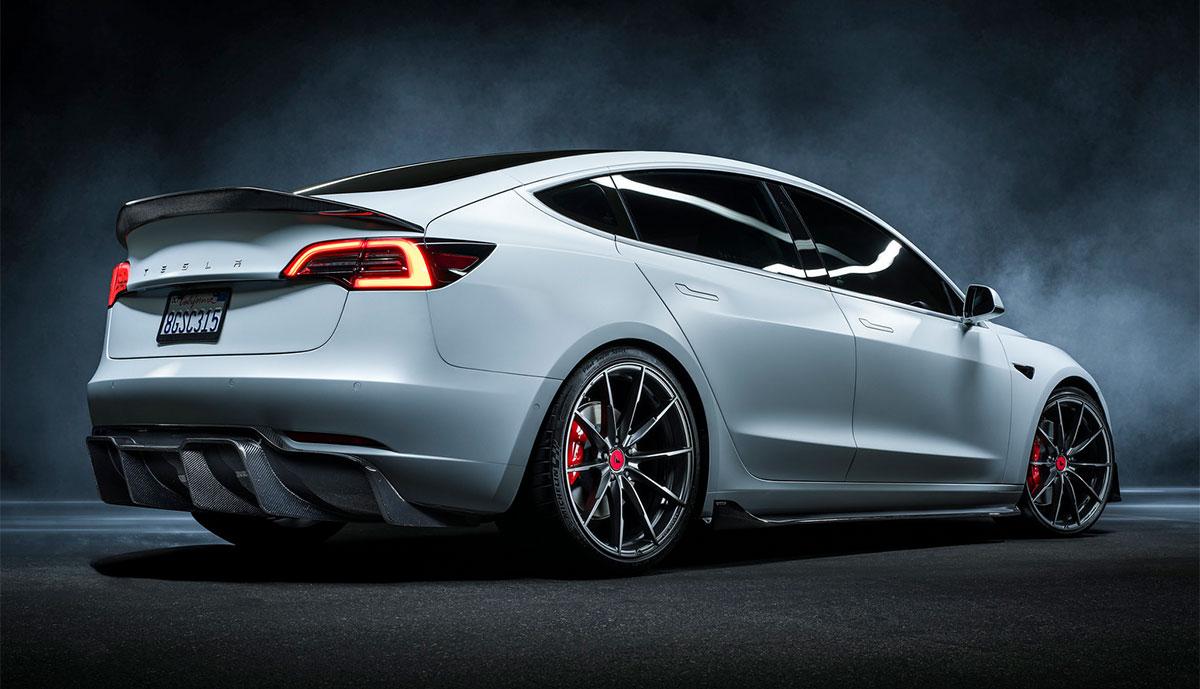 Tesla-Model-3-Vorsteiner-carbon