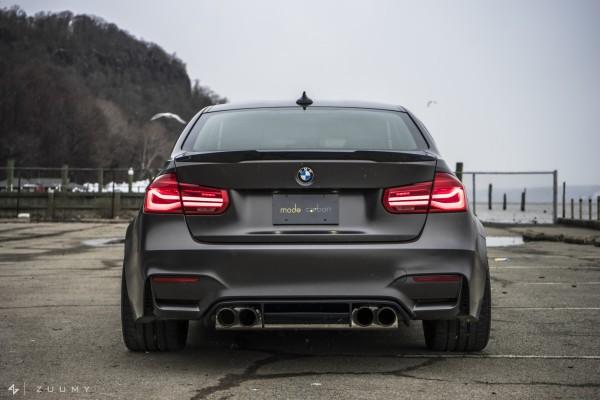 MODE CARBON BMW M4 & M3 TROPHY R2 DIFFUSER MIT SEITENFINNEN